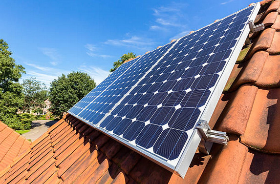 is it legal to install solar panels on your house